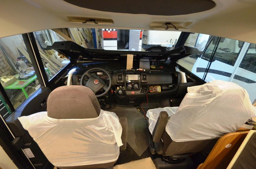 Montáž rozsáhlého vybavení pro obytné vozidlo Itineo