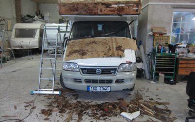 Zatékání do italského obytného auta Fiat r.v. 2000